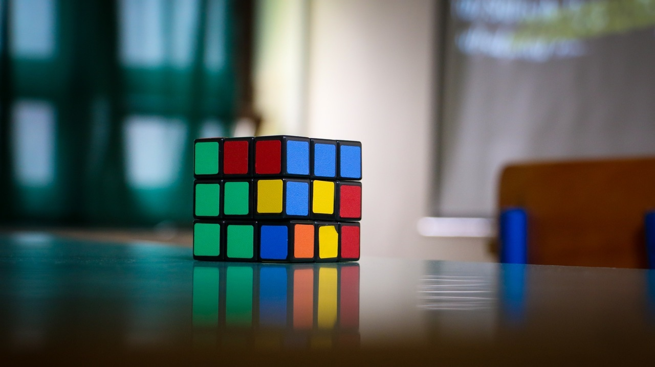 3 Reasons Why Solving the Sales Technology Puzzle is So Darn Hard - SalesLatitude