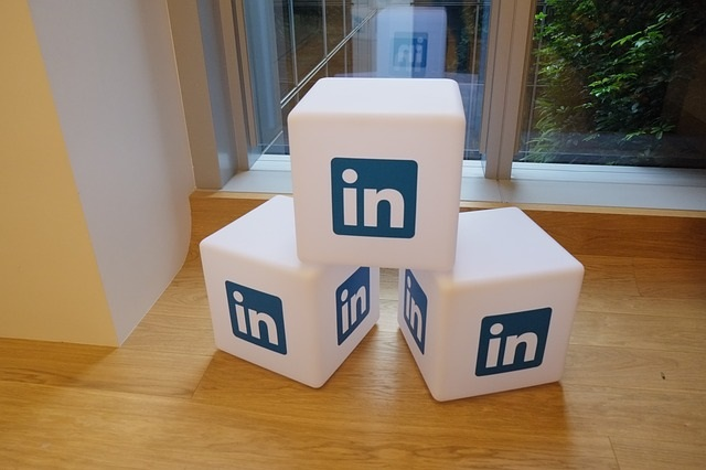 3 Easy Ways to Boost Sales Results Using LinkedIn - Janice Mars